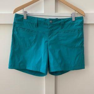 "athleta quick dry 5"" dipper shorts"